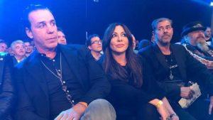 Till Lindemann nahm beim Comeback-Kampf von Michael Wallisch in der ersten Reihe, neben Simone Thomalla und Schauspieler Sven Martinek, platz